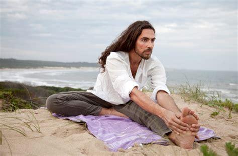 imágenes de yoga para una persona diferentes tipos de yoga