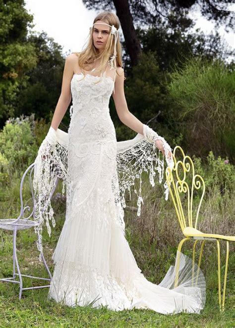 Wedding dress bohemian with hippie feel