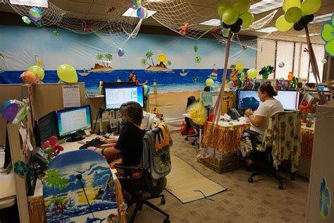 cubicle decorating contest customer service week 2015 c suiteamerica office