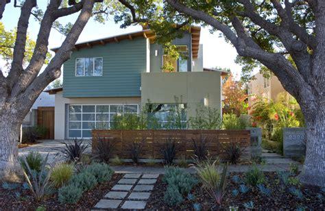 Modern Home Design For Narrow Lot by California Contemporary Plac E Com