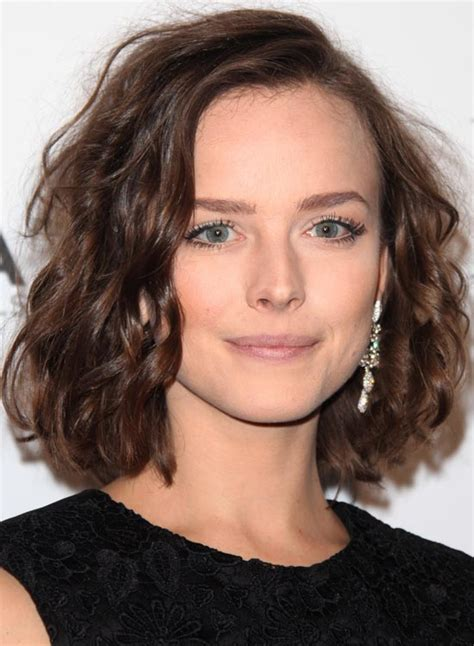 chin length messy hairstyles chin length messy hairstyles hairstyles