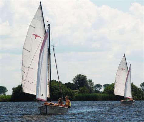 snelle open zeilboot zeilboot huren in friesland