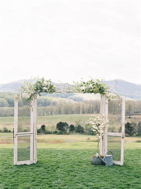 Wedding Ceremony Doors by Vintage Wedding Ceremony Doors For The Ultimate Grand