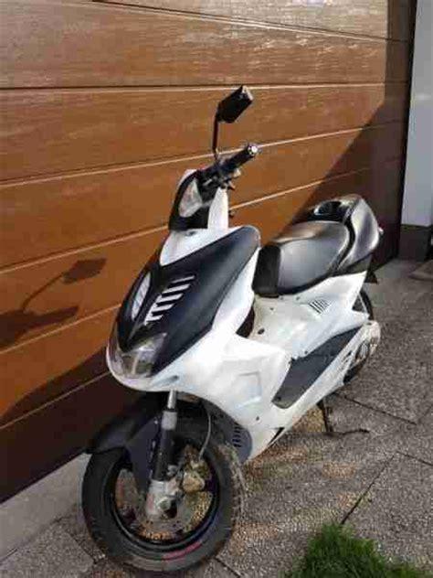 Motorroller Aerox Gebraucht by Mbk Nitro Yamaha Aerox Roller 50er Scooter Bestes