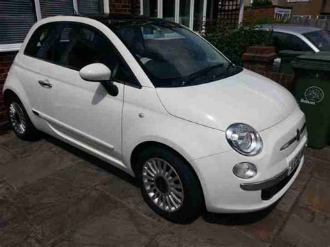 white fiat 500 fiat 2012 500 lounge white car for sale