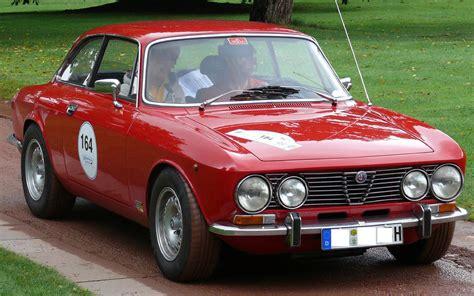 alfa romeo giulietta classic beautiful classic alfa romeo car wallpapers and resources