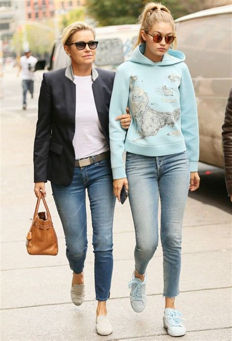 yolanda foster jeans gigi and yolanda s twinning denim moment mother jeans