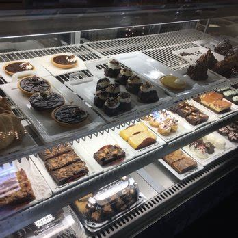 omaha bakery    reviews bakeries  south  st west omaha omaha ne