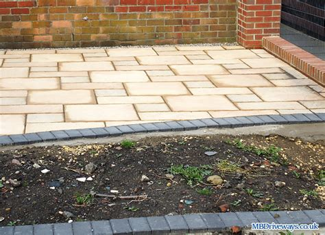 Patio Paver Edging Block Paving Driveways And Patio Pictures Photo 3