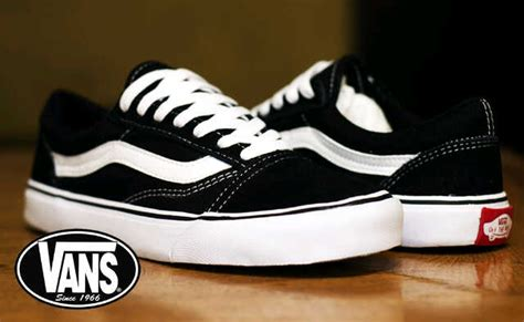 Sepatu Vans Skool Black White Original Vans Skool Black Car Interior Design