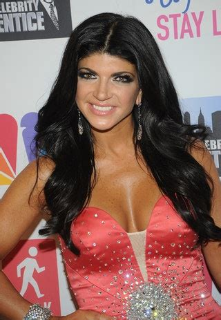 teresa guidice without hair extensions search results teresa giudice wears makeup in prison so at least she ll