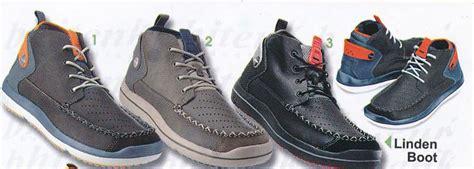 Sepatu Crocs Linden 301 moved permanently