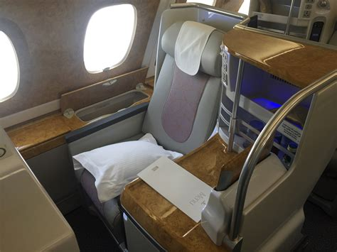 emirates business class seat review havayolu 101 emirates a380 business class review door to door with pics