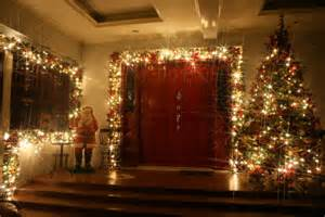 Winter Front Door Decorating Ideas - inspiring christmas front door decoration ideas trendy mods com