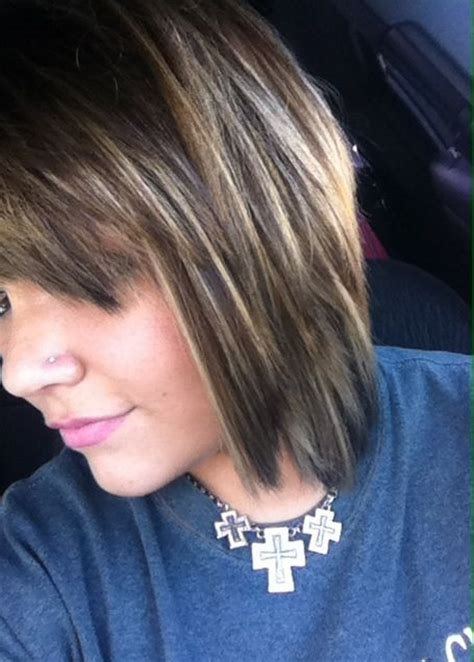 what is it called when hair is dark pn top light on bottom short dark ish brown hair with blonde highlights or
