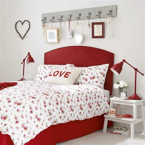 red country bedroom country cottage bedroom with red bed bedrooms ideas