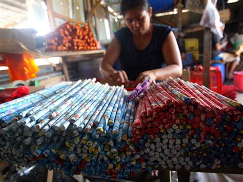 new year bank philippines philippines braces for bloody new year celebrations