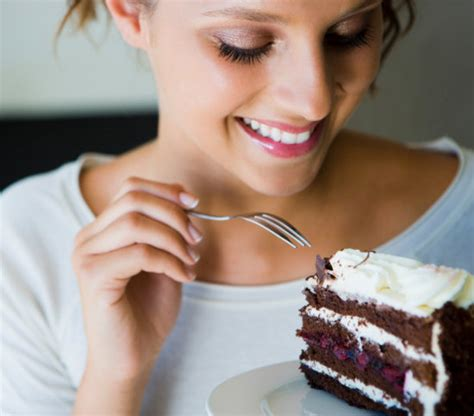 Eat Cakelose Weight by Eat Dessert For Breakfast And Lose Weight Study Says
