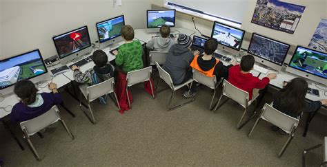 8 colleges where students attend for free best college can students learn the common core through gaming the