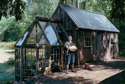 tiny barn greenhouse    fine tiny house