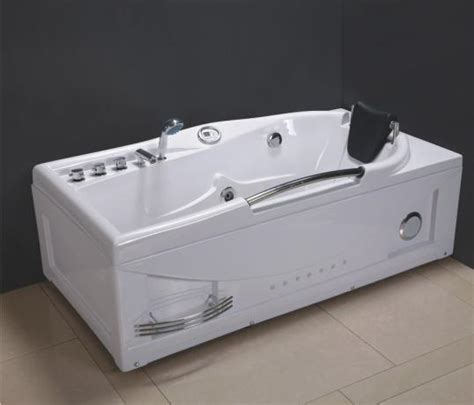 jaccuzi bathtub china jacuzzi bathtub xh 8013 china bathtub jacuzzi