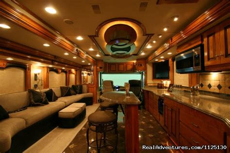 SlideShow Allstar Coaches Luxury RV Rentals in Florida, Southeast, Florida RV Rentals