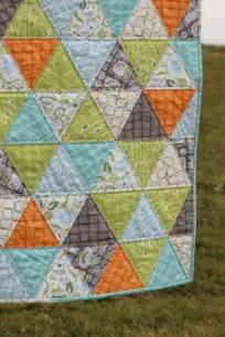 baby boy quilt triangle quilt backyard baby easy quilts