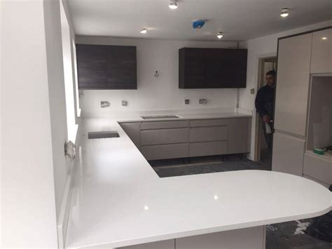 Kitchen Design Hertfordshire White Quartz Worktops Rock And Co Granite Ltd