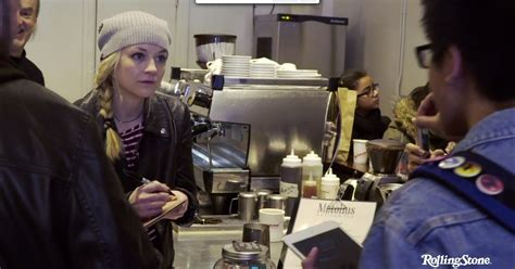 emily kinney talks about her music and how walking dead producers watch walking dead actress emily kinney talk songwriting