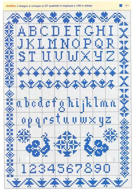 lettere ricamate a punto croce ricamiamo un imparaticcio su patchwork