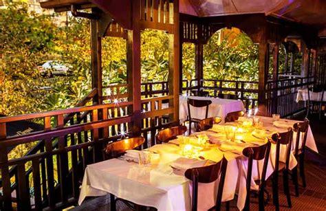 brisbanes  restaurants    romantic