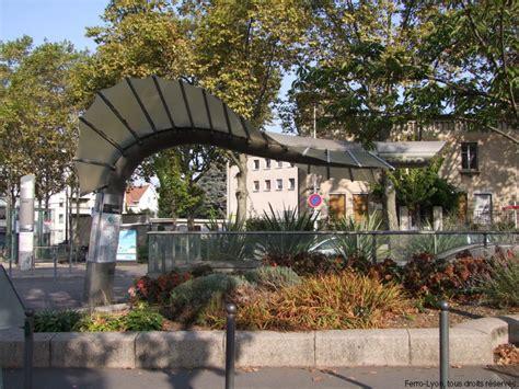 Metro Grange Blanche by Grange Blanche
