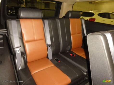 rear seats for suburban 2007 chevrolet suburban 1500 z71 4x4 rear seat photo