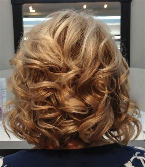 Lob With Soft Curl Hairstyle by 24 Best Images About Haircut On The