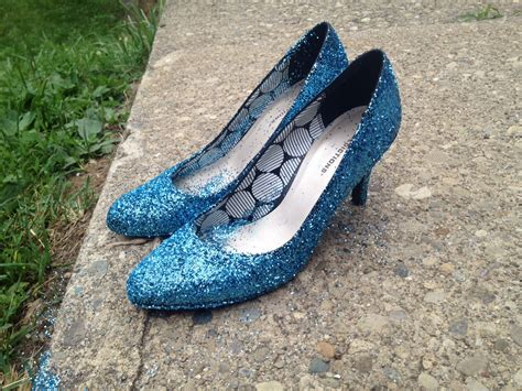 glitter shoes diy diy glitter shoes this worthey