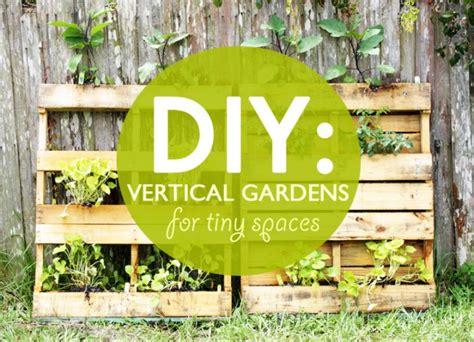 diy dise 241 ando jardines verticales para peque 241 os espacios