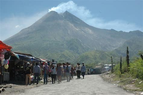 flm gunung merapi zumbara i wisata yuk ke gunung merapi yogyakarta yang penuh dengan