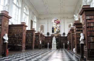 Oxford Bookcase File Wrenlibraryinterior Jpg Wikimedia Commons