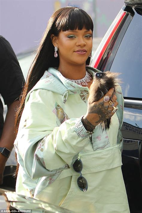 Dressjaket Rihana rihanna dons satin parka from line to pop up shop daily mail