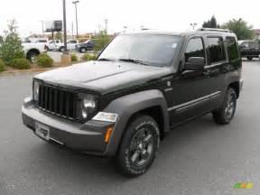 2010 green pearl jeep liberty renegade 4x4