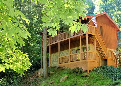 2 bedroom cabins in pigeon forge tn luxury 2 bedroom cabins in pigeon forge tn