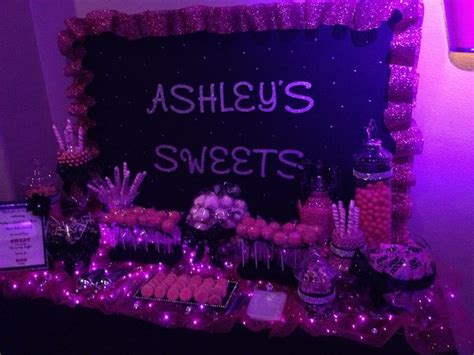 pink and black buffet buffet in pink and black for a sweet 15 add lime green masquerade quinceanera