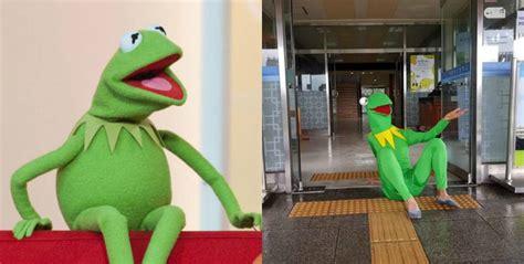 Kostum Rajut Foto Bayiimport Frog papasemar kostum prom 15 siswa sma ini kocak dan anti mainstream banget