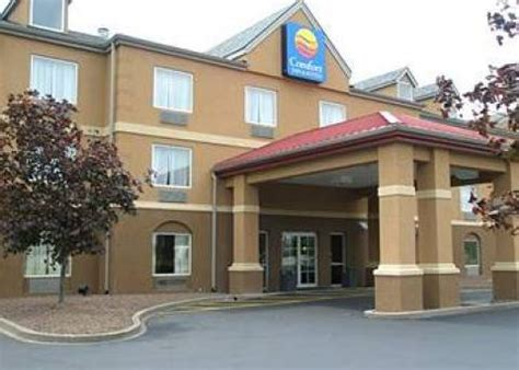 comfort inn and suites airport and expo louisville ky louisville hotel comfort inn suites airport and expo