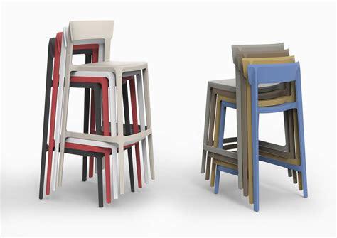 calligaris sgabelli le nuove sedie e poltroncine al salone mobile 2017