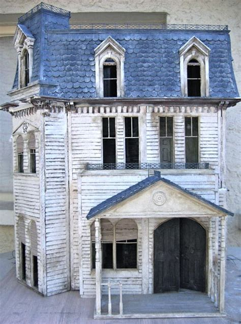 old doll house 25 best ideas about victorian dollhouse on pinterest doll houses doll house crafts