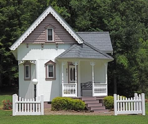 tiny victorian house 452 sq ft tiny victorian cottage