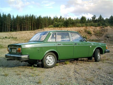 volvo 244dl information and photos momentcar