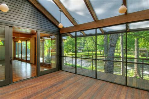 techo transparente dise 241 o de casa rural de madera y piedra fachada e interior