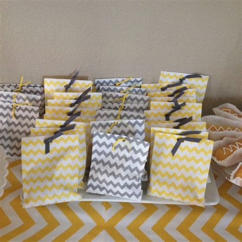 Chevron Baby Shower Decorations by Best 25 Chevron Baby Showers Ideas On Baby